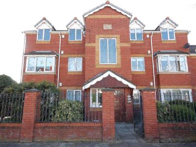 Property for sale, Larkfield Road