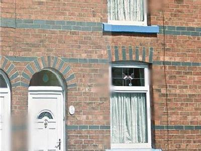 House to rent, Casson Street - House