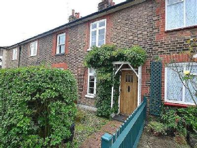 Property to rent, Somerset Road