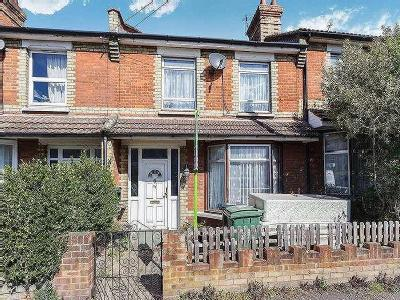 Tovil Road Maidstone ME - Listed