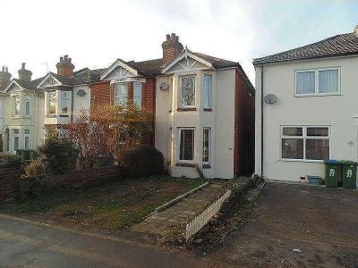 Flat for sale, Paynes Road - Garden