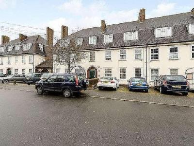 Flat for sale, Crutchley Road