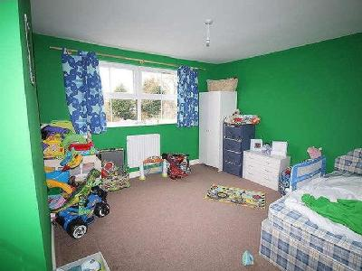 Property for sale, New Road - Garden