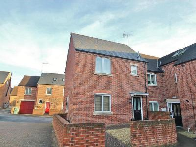 Guildford Close, Gawcott, Buckingham MK