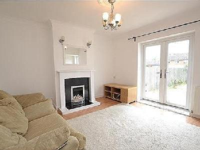 House to rent, Brent Place - Terraced