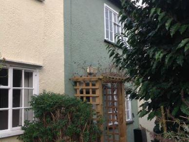House to let, New Street - Garden