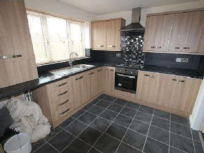 House to let, Malvern Road - Terrace