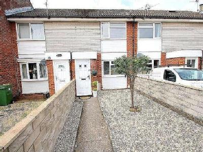 House for sale, Ascot Close - Patio