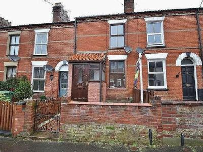 House for sale, Stacy Road - Garden