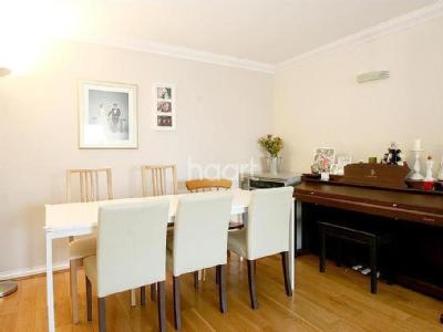 The Broadway, Sw19 - Furnished