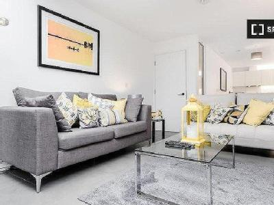 Flat to let, Topham Street