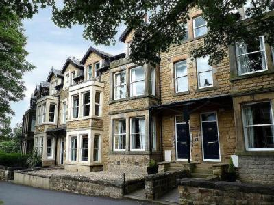 Valley Drive, Harrogate - Freehold