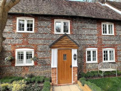 Wisteria Cottage, Marshalls Yard, Jacklyns Lane, Alresford, SO24