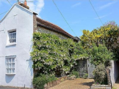 Excellent Yarmouth Isle Of Wight Cottage Beutiful Home Inspiration Ommitmahrainfo