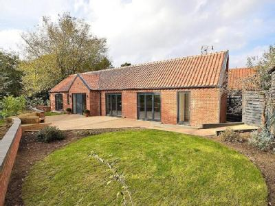House for sale, Hingham - Detached