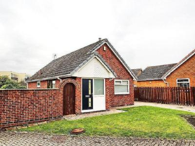 Kinloss Close, Thornaby - Detached