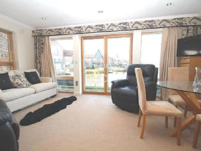 Marine Point Apartments, Burton Waters, LN1