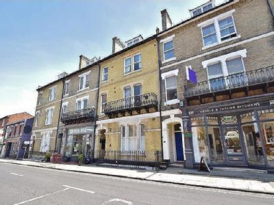 Flat for sale, Winchester