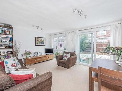 9 properties for sale in balham from aspire nestoria larch close balham garden malvernweather Image collections