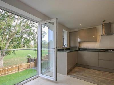 Flat for sale, Narbeth Drive