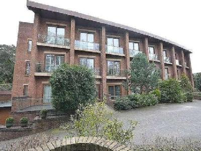 Flat for sale, Yew Tree House - Lift