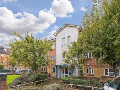 Courland Grove, Stockwell, London SW8