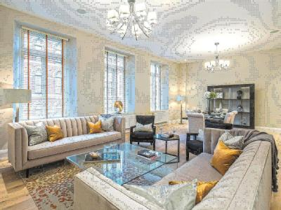 Bell Yard, London WC2A - Listed