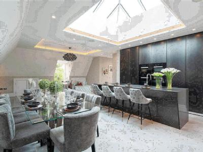 Chase Side, London N14 - Penthouse