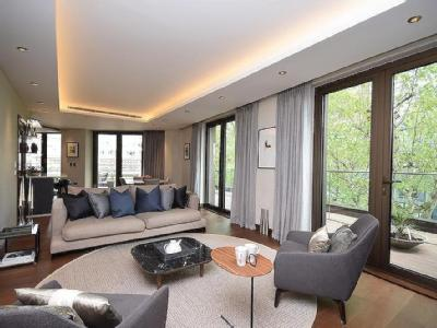 Fetter Lane, London EC4A - Penthouse