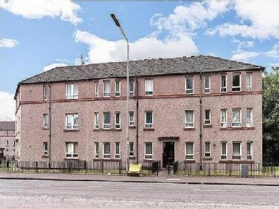 Possil Park, G22 - Double Bedroom