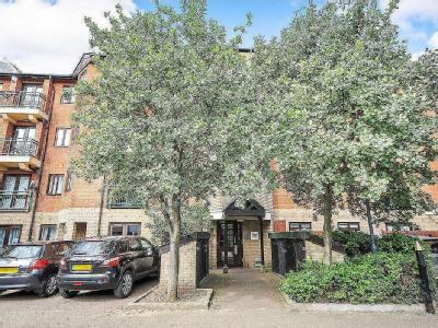 Queens Road, Bromley BR1 - Listed
