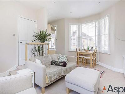 Sistova road sw12 london flats apartments to rent in sistova laitwood road balham fireplace malvernweather Choice Image