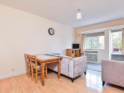 Balham grove sw12 london flats apartments to rent in balham caistor road balham sw12 malvernweather Choice Image