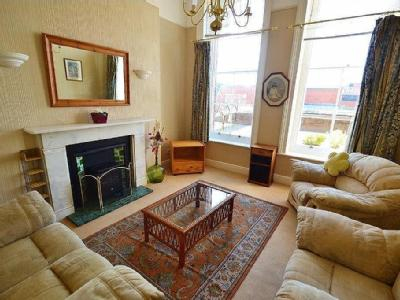 Flat to let, Weymouth - Furnished