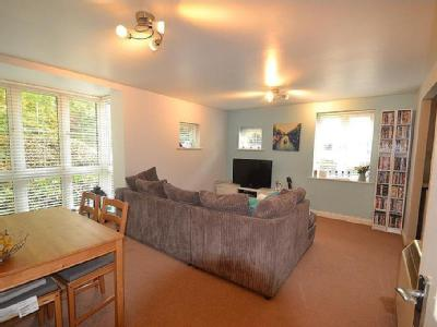 Flat to let, Eastleigh
