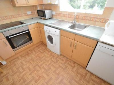 Hurworth Avenue, Langley, Slough, SL3
