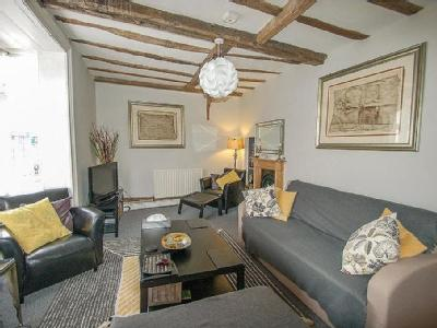 Wincheap, Canterbury, CT1 - Listed
