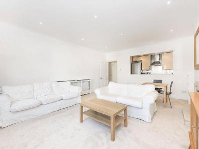 Flat to let, Frognal - Double Bedroom