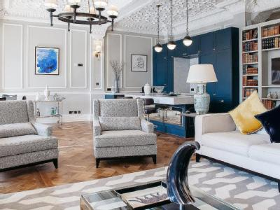Strand London WC40R Furnished Best 2 Bedroom Flat For Rent In London