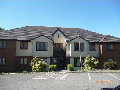 Flat Fairlights, Plymouth Road, Pl14