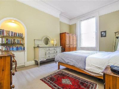 House for sale, Percy Gardens