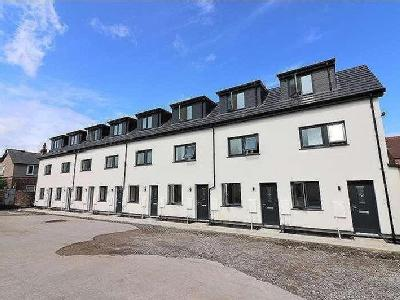 House for sale, Rullerton Mews - Mews
