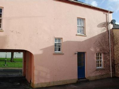 House to rent, Carmarthen - Mews
