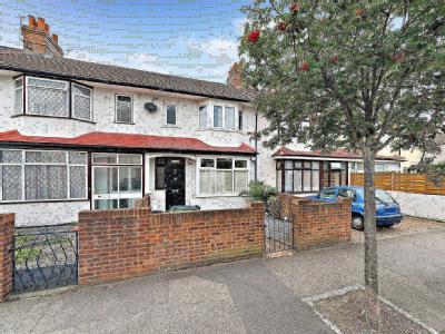 Bond Road, Mitcham CR4 - Garden