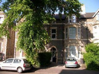 ROATH - 1st & 2nd Floor Maisonette with 2 Double Bedrooms , close to Cardiff City Centre