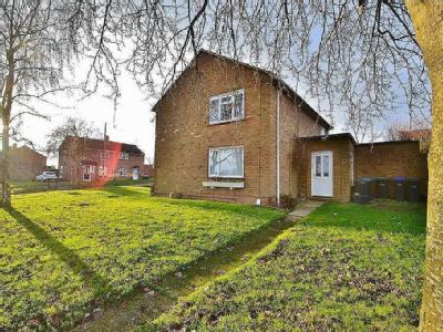 Flat to let, Salisbury - Maisonette