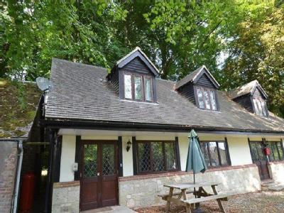 Luccombe Chine, Shanklin - Bungalow
