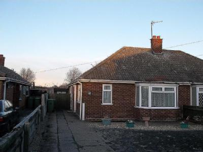 Manby Road, Immingham Dn40 - Bungalow