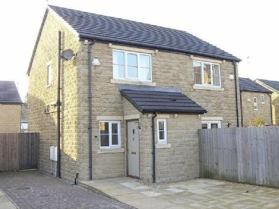 Kings Court, Glossop - Semi-Detached