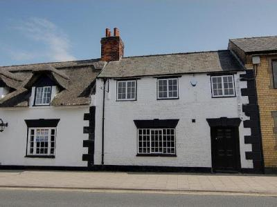The White Horse, West Street, Alford